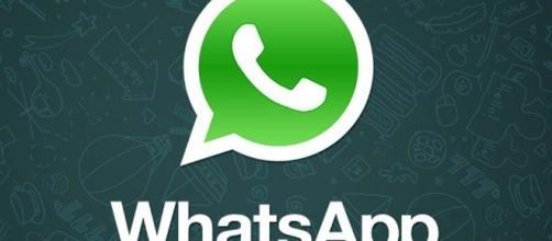 Whatsapp: cos'è, a cosa serve e come diventare invisibili