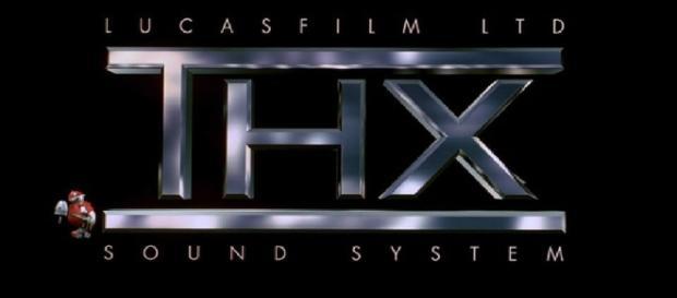 Ancien logo de la société THX durant sa période 1983-2002
