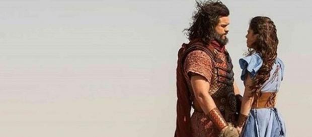 Após a queda de Jericó, Josué se acerta com Aruna e marca casamento