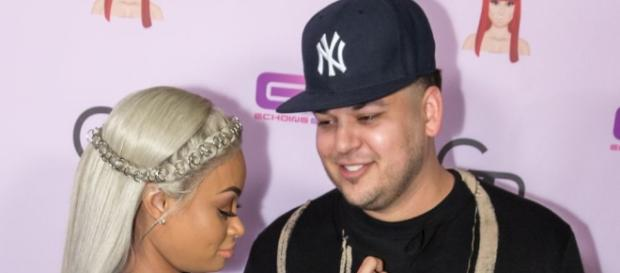 Blac Chyna And Rob Kardashian Wedding On Hold, Trouble In Paradise? - inquisitr.com