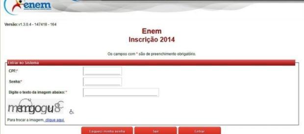 Candidatos já podem imprimir o comprovante de inscrição (Foto: Gazeta do Povo)