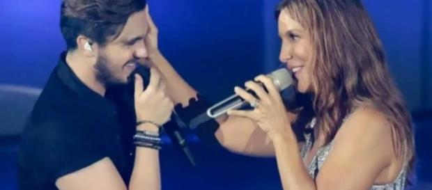 Os dois cantores são grandes amigos