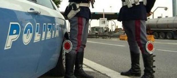 Poliziotto investito a Napoli, parla il 19enne arrestato.
