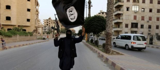 Esporre la bandiera dell'Isis non è reato in Svezia