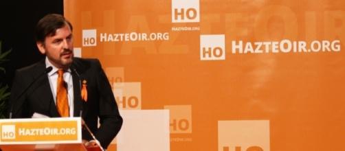 Ignacio Arsuaga preside HazteOir.org, un portal de iniciativas orientado a la Iglesia Católica