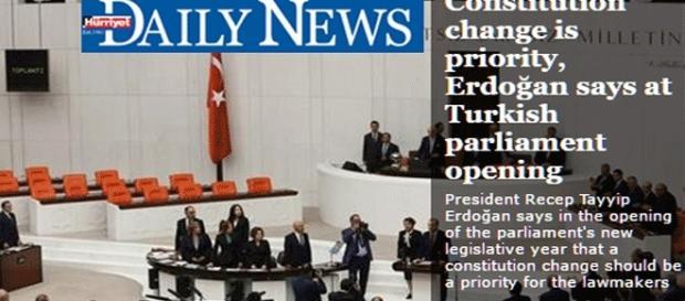 Avant les dernières élections, Erdogan insistait déjà sur la révision constitutionnelle, décrétée désormais prioritaire