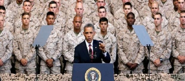 Obama antes un discurso militar. (Foto: www.politico.com)
