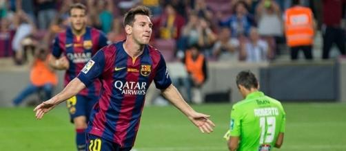 Lionel Messi cruised past City. Picture by Lluís, Creative Commons.