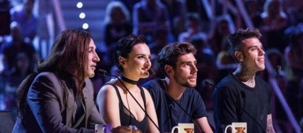 I giudici di X Factor 10 durante la trasmissione