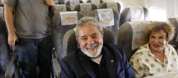 Lula estaria começando a colocar em prática um plano para tirar a família toda do Brasil
