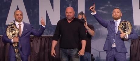 Campeão pode ser o primeiro lutador a ter dois cinturões simultâneos