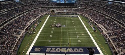 AT&T Stadium, home of the Dallas Cowboys (credit: Mahanga - wikimedia.org)