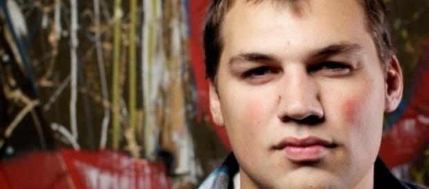 Brryan Jackson infectado com HIV pelo próprio pai