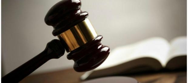 Juíz americano está sendo arrasado na web