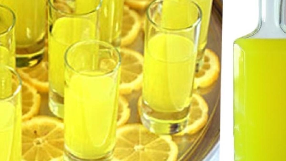 Ricetta Limoncello Fatto Con La Grappa.Liquore Al Limone Fatto In Casa