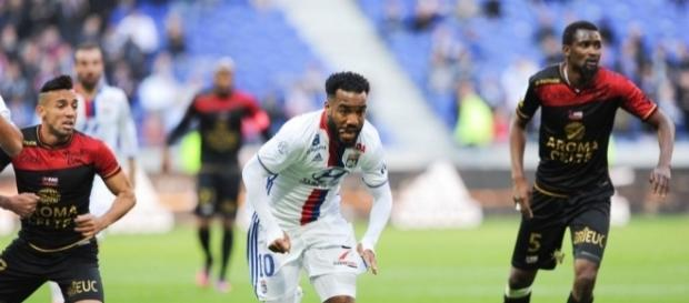 Football Ligue 1 - Guingamp enfonce l'OL dans la crise ! - OL ... - foot01.com