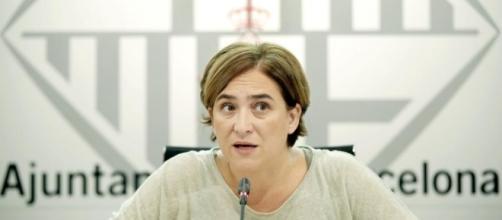 Ada Colau mantiene en el limbo a sus empresas municipales ... - elconfidencial.com