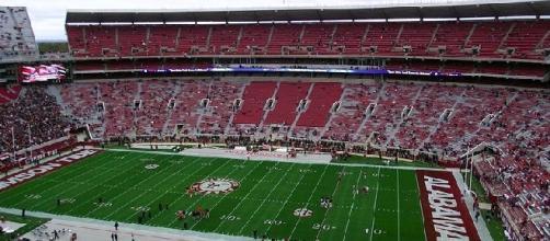 Bryant-Denny Stadium (credit: Matthew Tosh/ wikimedia.org)