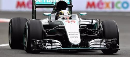 Hamilton lidera primera práctica en el GP de México - La Jornada - unam.mx