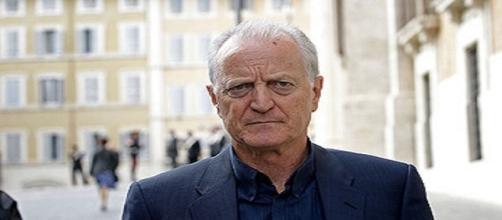 Santo Versace, presidente della maison di moda famosa in tutto il mondo.