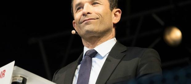Benoît Hamon - le revenu universel - CC BY
