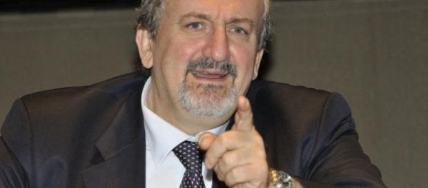 Il governatore pugliese Michele Emiliano schierato per il No al referendum
