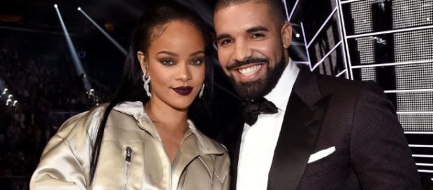 Rihanna at Drake's Los Angeles Concert - Drake's Father Says He ... - elle.com