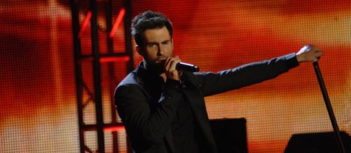 Did Adam Levine really punch his daughter? [Image via Wikimedia Commons/public domain]