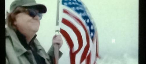 El arma menos obvia es su bandera, la cual le acredita una conquista sin contratiempos por todo Europa