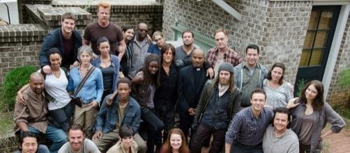 Le secret est révelé découvrez les réactions du casting de The Walking Dead