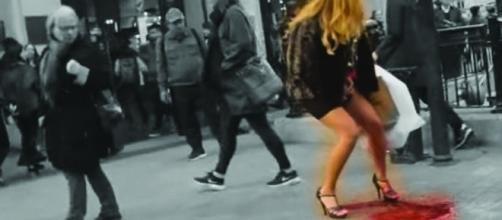 Vídeo traz uma 'explosão de menstruação'