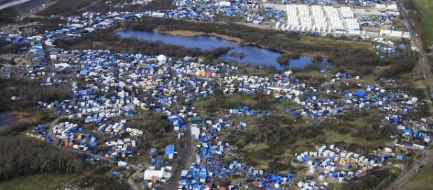 dailymail.co.uk La Jungle porte bien son nom vers Calais