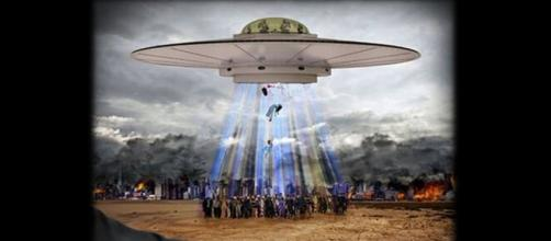 Alienígenas involucrados en conflictos bélicos