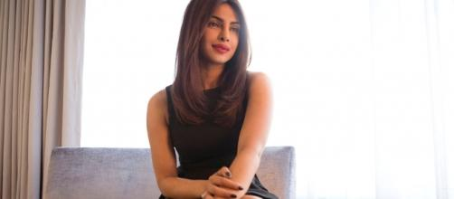 FP | Priyanka to present award at the Oscars - frontpage.lk