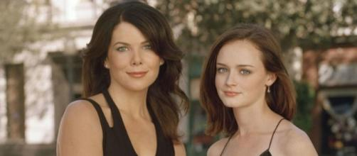 Gilmore Girls: A Year in the Life is hinted to be released around ... - melty.com