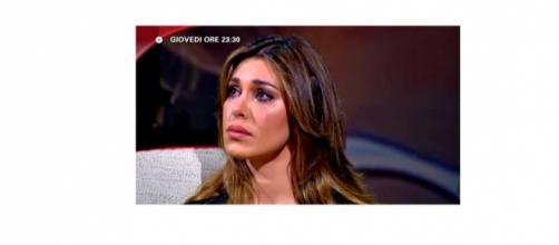 Gossip: Belen Rodriguez in lacrime su Canale 5 per Stefano De Martino?