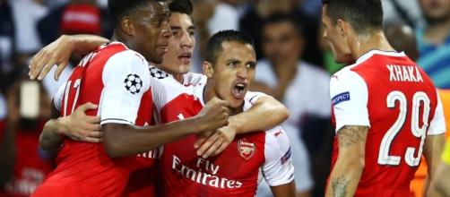 PSG 1-1 Arsenal: Alexis Sanchez earns point as Gunners fight back ... - mirror.co.uk