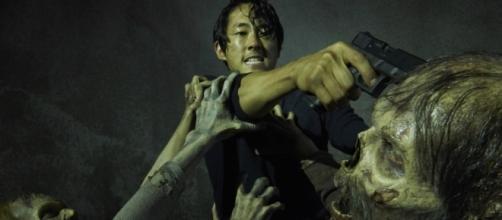 Steven Yeun é entrevistado sobre morte de Glenn