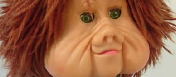 A lenda foi criada a partir de um suporte pontiagudo, que dava suporte a cabeça do boneco.