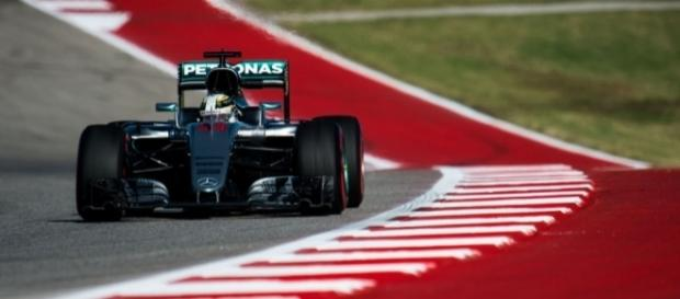 Hamilton Wins USGP, Haas F1 Scores Points At Home - roadandtrack.com