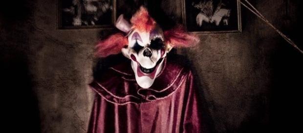 Horror-Clowns..Macht hinter der Maske