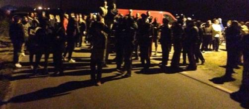 Ferrarese: barricate contro arrivo dei migranti. Profughi ... - rosarossaonline.org