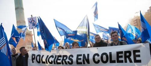 Les revendications policières se multiplient avant la rencontre avec François Hollande