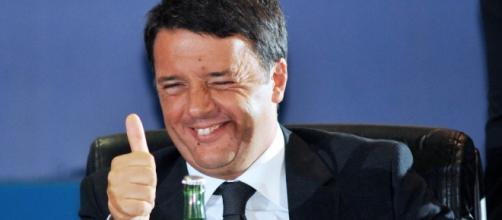 Matteo Renzi, la maggioranza dice No alla proposta M5S sul taglio degli stipendi