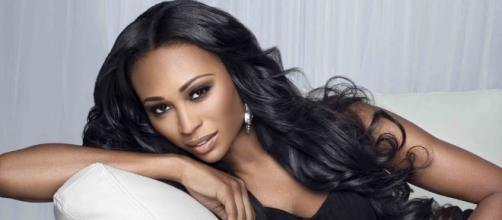Real Housewife of Atlanta, Cynthia Bailey Holding Pageant, LOOKING ... - funkydineva.com