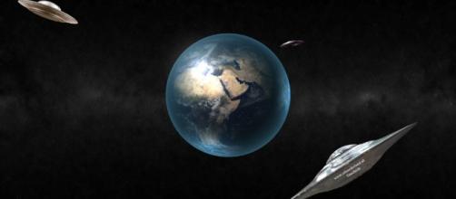 UFO: il giallo dell'avvistamento di due veicoli sulla Luna, potrebbe trattarsi di alieni?
