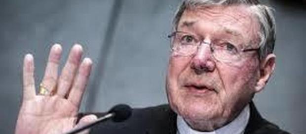 Abusi sui bambini, cardinale George Pell interrogato dalla Polizia australiana