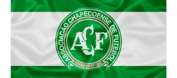 Chapecoense x Junior: assista ao vivo na TV e na internet
