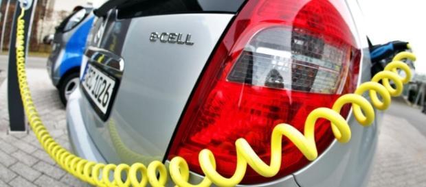 E-Autos: Dobrindt will den Elektroauto-Erfolg erzwingen ... - sueddeutsche.de