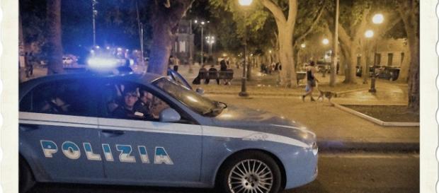 In piazza del Carmine sono intervenute diverse pattuglie della Polizia.